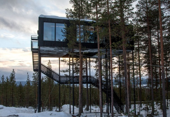 The World's Most Spectacular TreehouseHotels