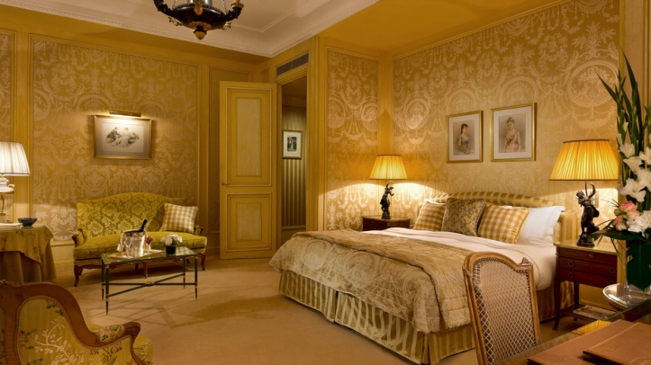 hotel_san_regis_huparsr_room_overview