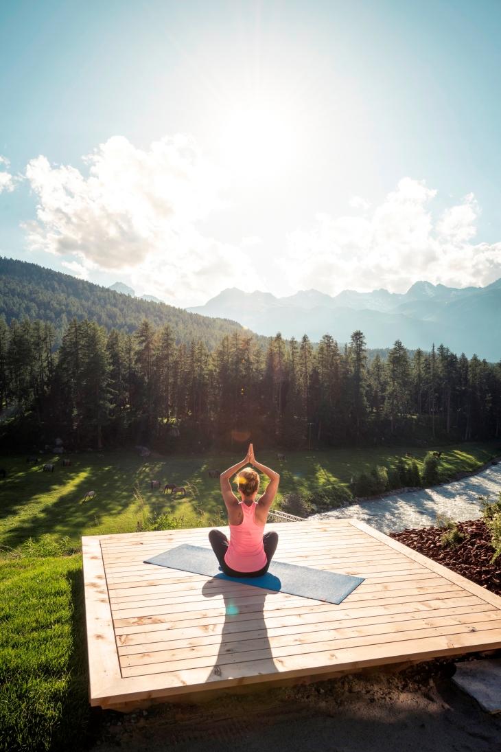 Grand Hotel Kronenhof - yoga platform & view